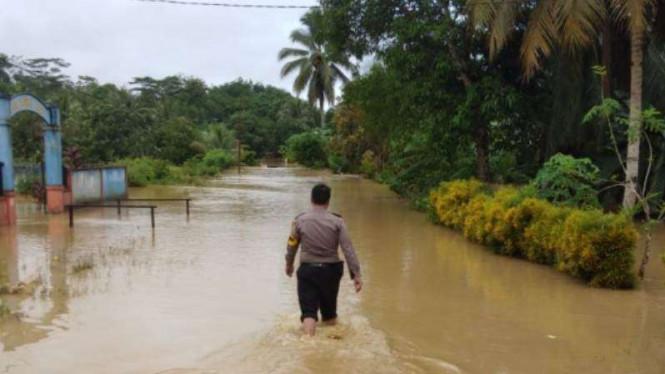 Banjir landa Kabupaten Penajam Paser Utara, Provinsi Kalimantan Timur. Foto : BNPB.