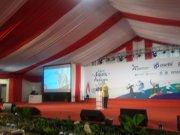 Presiden Indonesian Science Project Olympiad (ISPO) Prof Riri Fitri Sari saat menutup Festival Sains dan Budaya II di Sekolah Kharisma Bangsa, Tangerang Selatan, Banten, Minggu (23/2). (ANTARA/Indriani)