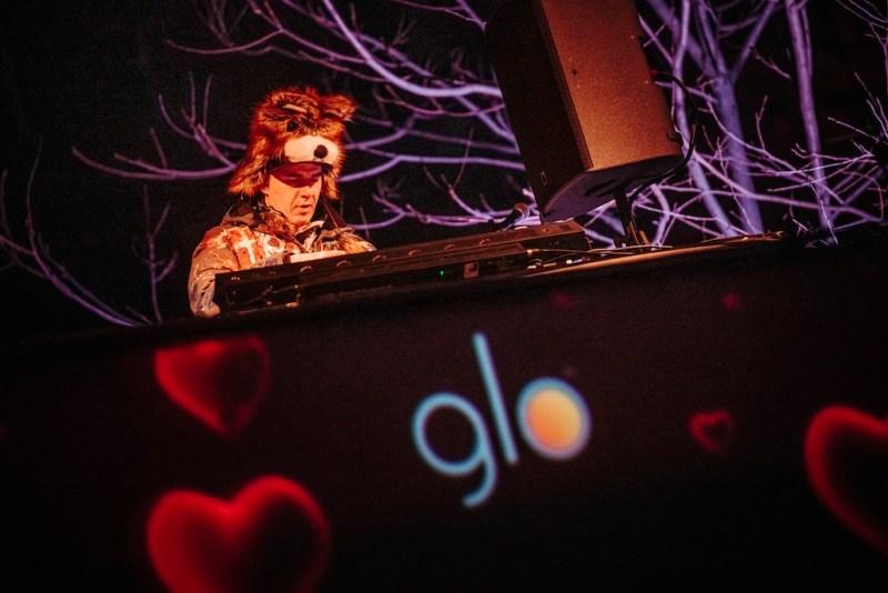 DJ Roxtar GLO