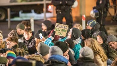 Photo of Klimaaktivisten belagern Siemens Standort im Bezirk Mitte