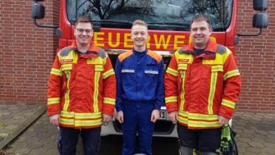 Photo of Lindhorster Jugendfeuerwehrmitglied verhindert Ausbreitung eines Brandes erfolgreich