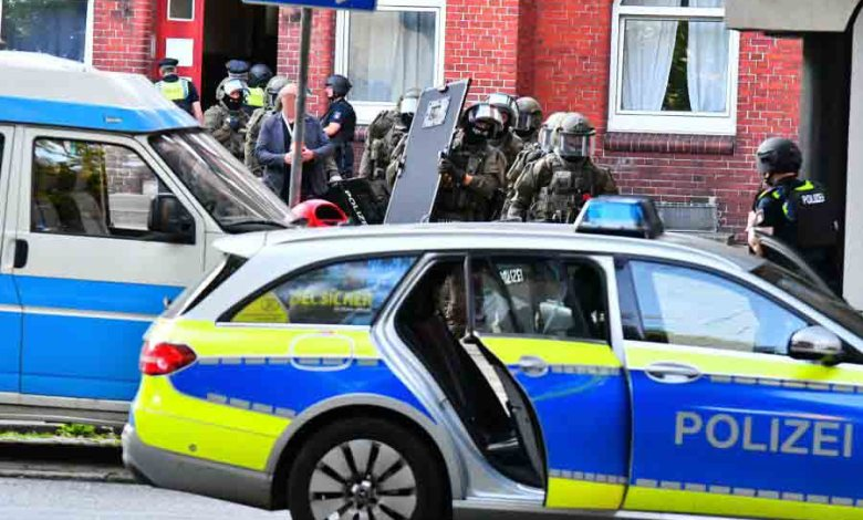 Bild von SEK stürmt Wohnung in Wilhelmsburg