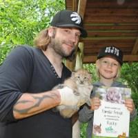 Torsten Frings übernimmt Patenschaft für Luchsnachwuchs im Wildpark Schwarze Berge