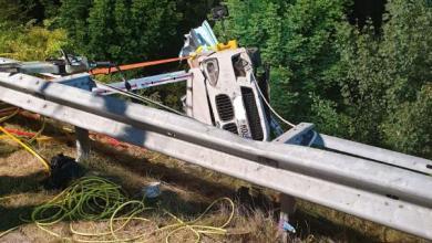 Photo of 35-jährige Autofahrerin bei Unfall auf der A26 schwer verletzt