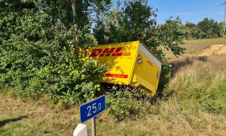 Bild von DHL-Fahrzeug verunfallt auf der Autobahn bei Seevetal