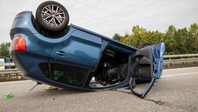 Bild von Auto überschlägt sich bei Unfall auf der A1 bei Stillhorn