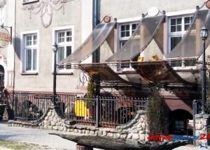 Pod Złotą Podkową Bar, Hotelik