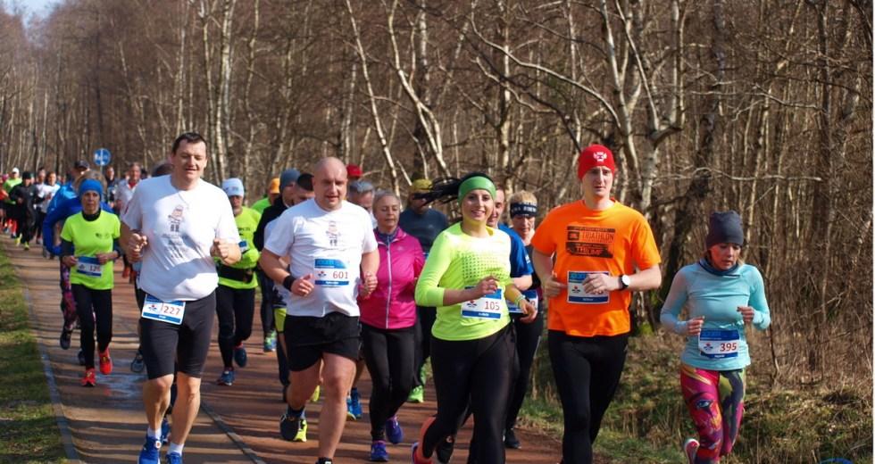 Ponad 600 osób pobiegło w XXXII Biegu Zaślubin w Kołobrzegu