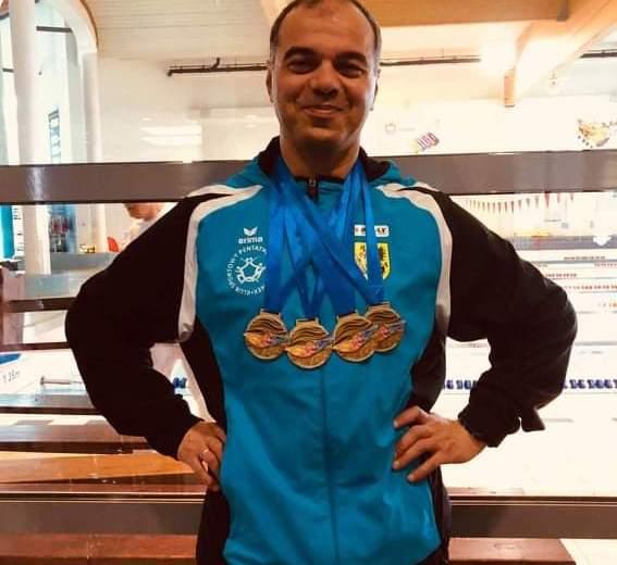 Cztery złote medale Temura Bałakari na X Mitingu Pływackim Masters