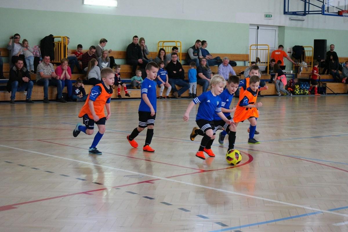 Młodzi piłkarze Akademii zagrali w turnieju noworocznym