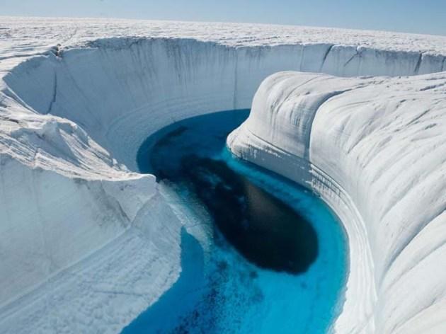 Ice-Canyon-Gronland