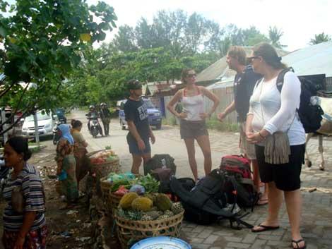 Para turis dari mancanegara