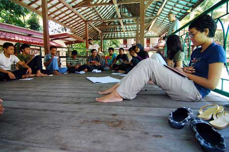 Kelompok diskusi mengenai event