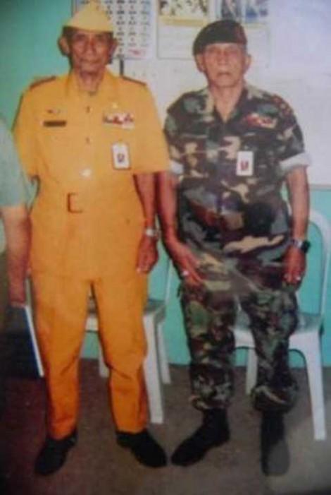 Foto Pak Halim bersama wakilnya