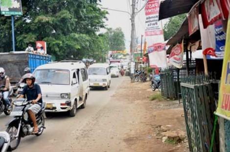 Kemacetan masih terjadi satu hari setelah penggerebekan