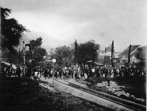 Peresmian jalur kereta api Padang Panjang pertama kali, tahun 1895