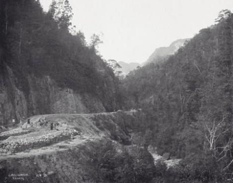 Pembangunan rel kereta Air Putih Payakumbuh tahun 1913