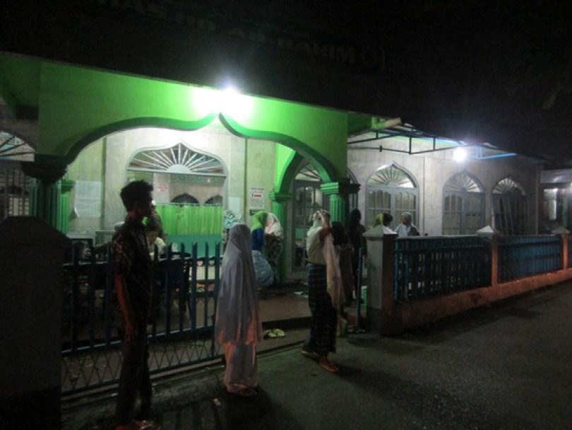 akumassa_zakat fitrah di masjid ar-rahim_23