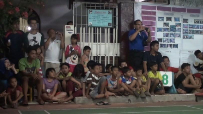 Anak-anak turut menjadi penonton setia Turnamen Wawan Kurniawan Cup.