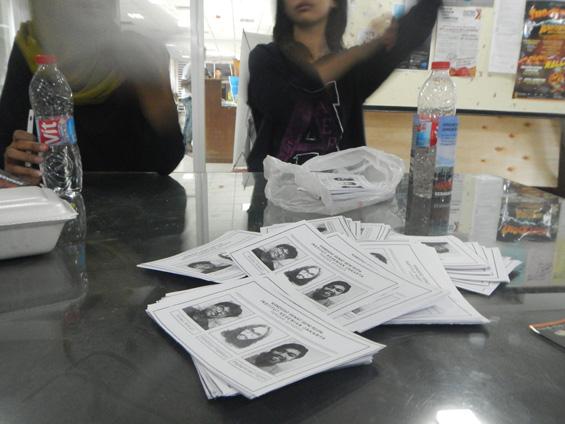 Tumpukan surat suara