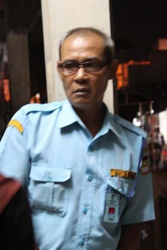 Mr. Ahmad, Ciputat Market's security officer, who met me accidentally.
