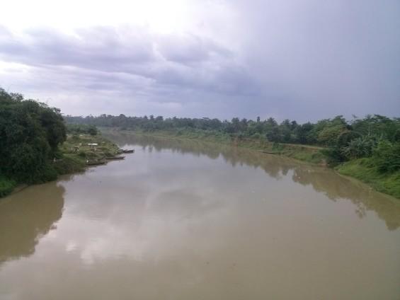 Lanskap galian pasir di tepian Sungai Ciujung.