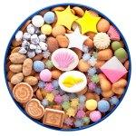 「冨貴寄」の夏バージョン 缶を開けて、眺めているだけでも幸せな気持ちになる和菓子。
