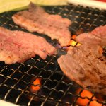 「松阪牛」の焼肉用(ロース・肩ロース)の味わいをたっぷり、税込7,517円