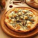 ホクホクジャガイモと明太子のクリームピッツァ[28枚セット]冷凍ピザ:28枚
