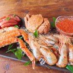 たらば蟹の貫録のおいしさ、毛蟹、食べやすいサイズの鱒いくら醤油漬