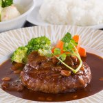 松阪牛100%はもちろん、一つずつ丁寧に手作りしたまるよしレストランの味を