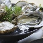 大皿に数個入れて、ラップをして一個あたり2分程度で蒸し牡蠣の出来上がり!