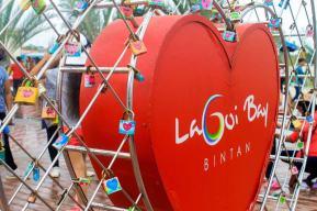 Lagoi Bay Love Lock