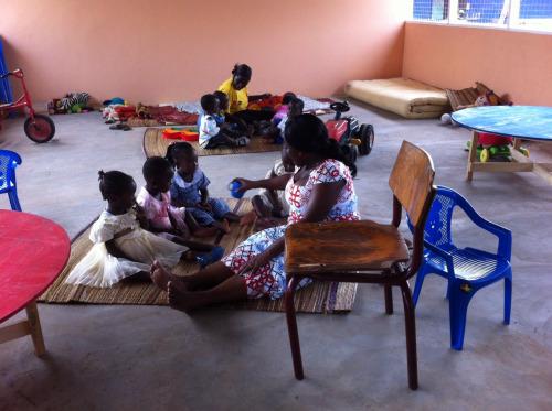 Leg og læring på forskolen i Akwamufie