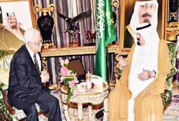الملك عبد الله بن عبد العزيز بحث مع الرئيس محمود عباس الأوضاع الراهنة بقطاع غزة