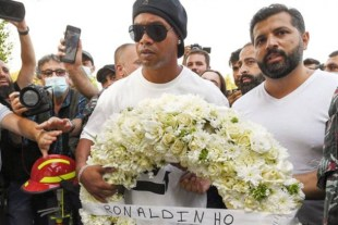 Ronaldinho in Quarantine: The media is the victim again