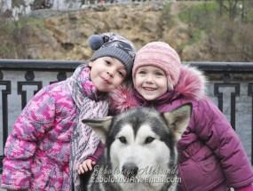 дитяча фотосесія з собакою