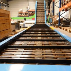 1469454175_convoyeur-tapis-metallique-renforce