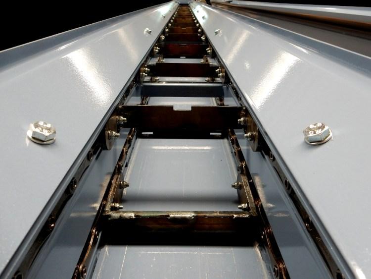 Raclettes pour convoyeur MAKINO A77.jpg