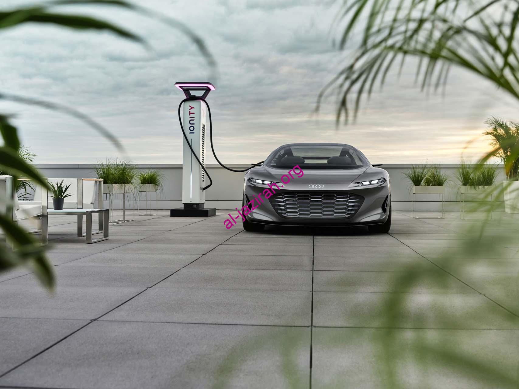 أودي شكل سيارة السيدان الكهربائية المستقلة