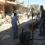 """بالفيديو: عشرات القتلى بغارة لقوات """"النظام السوري"""" على سوق بإدلب"""