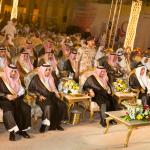 بالصور: أمير منطقة الرياض يشارك أهالي الرياض احتفالاتهم بالعيد