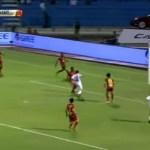 بالفيديو : الهلال ينتزع فوزاً صعباً أمام القادسية في دوري جميل بهدفين مقابل هدف