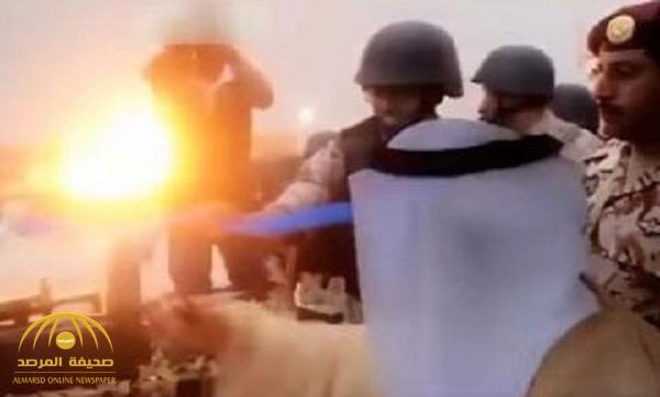 بالفيديو: أمير الرياض يفجر ذخائر حية في عرض ميداني!