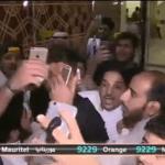 شاهد .. ماجد التويجري يتحول إلى بودي جارد للبرازيلي إدواردو في سبيل إجراء لقاء صحفي
