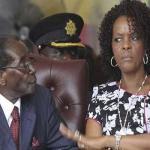 """بالصور.. تعرف على المرأة التي صنعت الديكتاتور """"موغابي"""""""