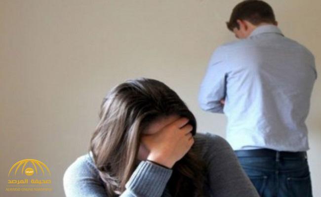 زوجة تطلب الخلع من زوجها لسبب غريب .. والزوج : الهانم لقيتها بتكلم رجالة غيري !