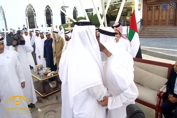 بالصور والفيديو .. محمد بن راشد ومحمد بن زايد يستقبلان الشيخ سلطان بن سحيم
