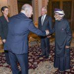 محلل عُماني يكشف سبب  زيارة وزير الدفاع الأمريكي إلى عُمان ولقائه بالسلطان قابوس