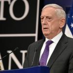 وزير الدفاع الأمريكي يلمح بتوجيه ضربة عسكرية ضد النظام السوري